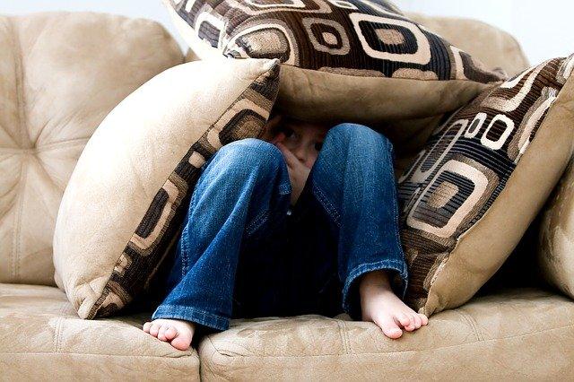 poduszki ozdobne do salonu